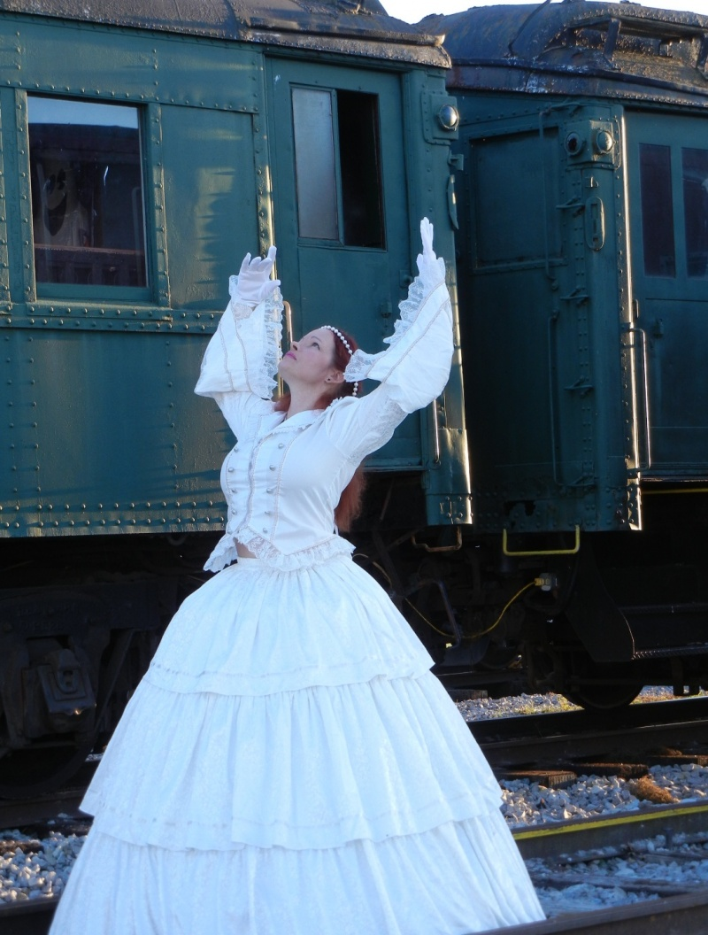 Oct 25, 2012 LolaMScott Dancing on the tracks