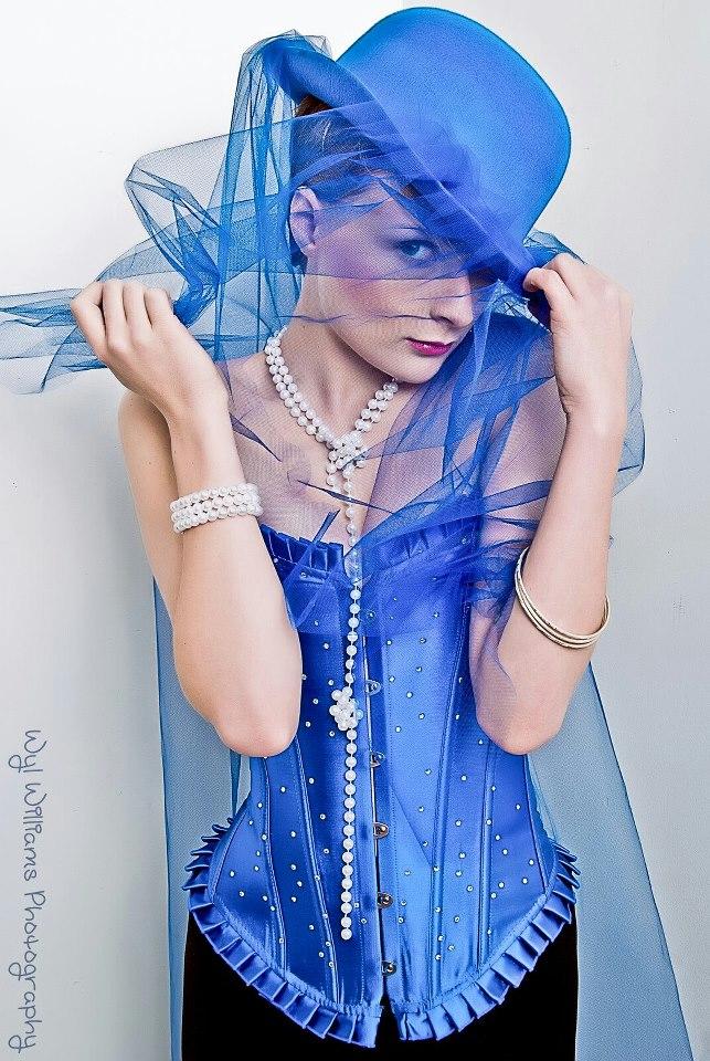 Oct 26, 2012 Blue bride