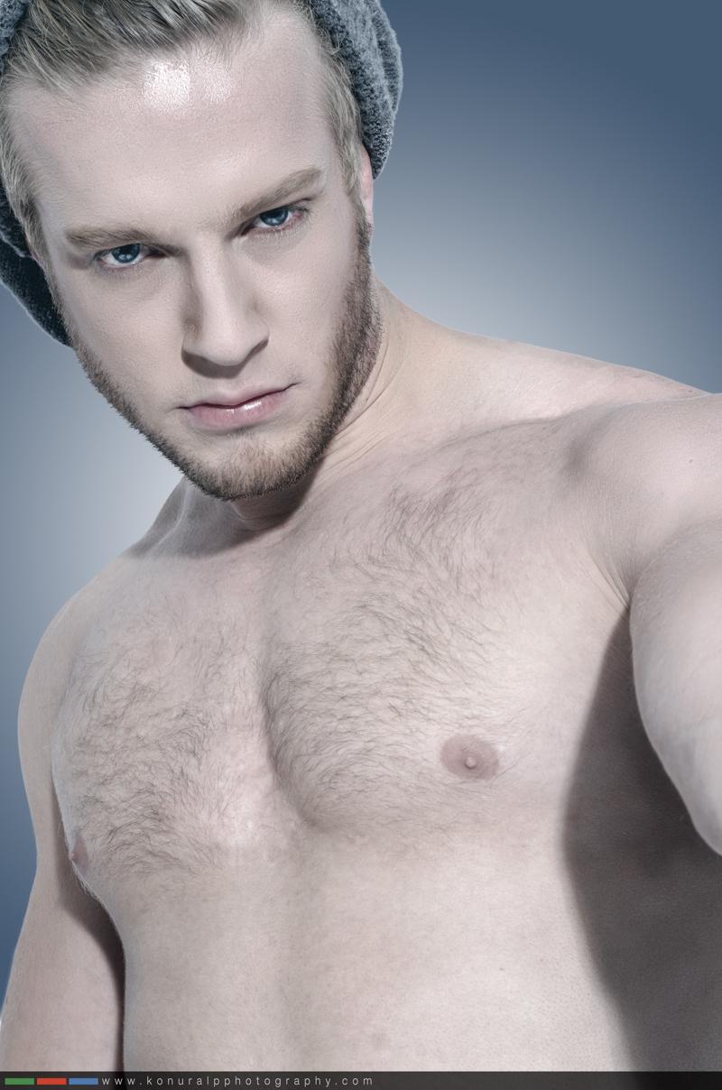 Male model photo shoot of Pedrito