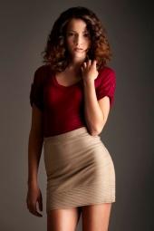 http://photos.modelmayhem.com/photos/121030/17/5090734e2bf9c_m.jpg