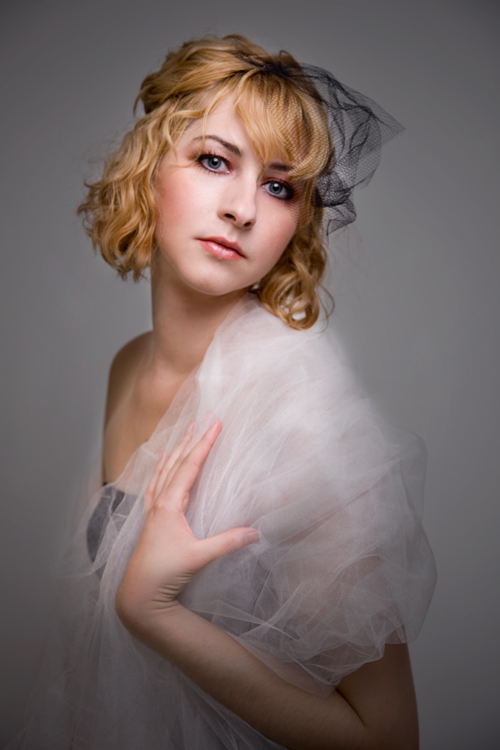 Nov 01, 2012 Laura Vasilion