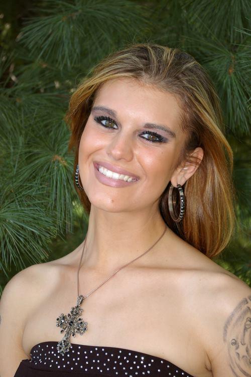 Female model photo shoot of Samantha Kate