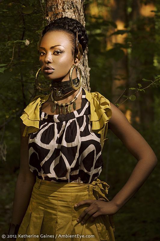 Female model photo shoot of monimonte