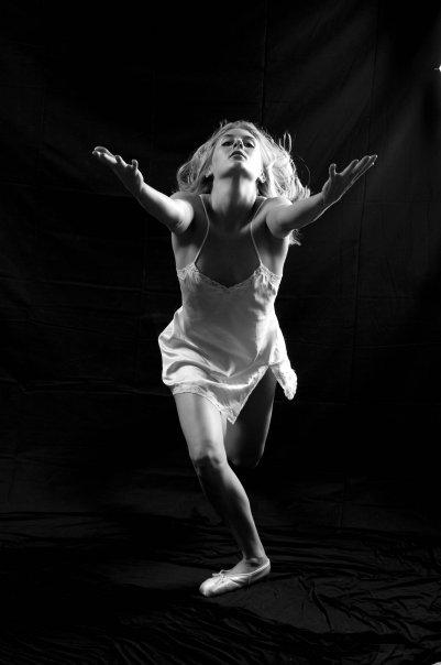 Female model photo shoot of Laura M Fickett