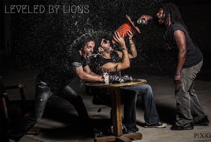 Los Angeles, CA Nov 06, 2012 Sam Rusani Leveled By Lions