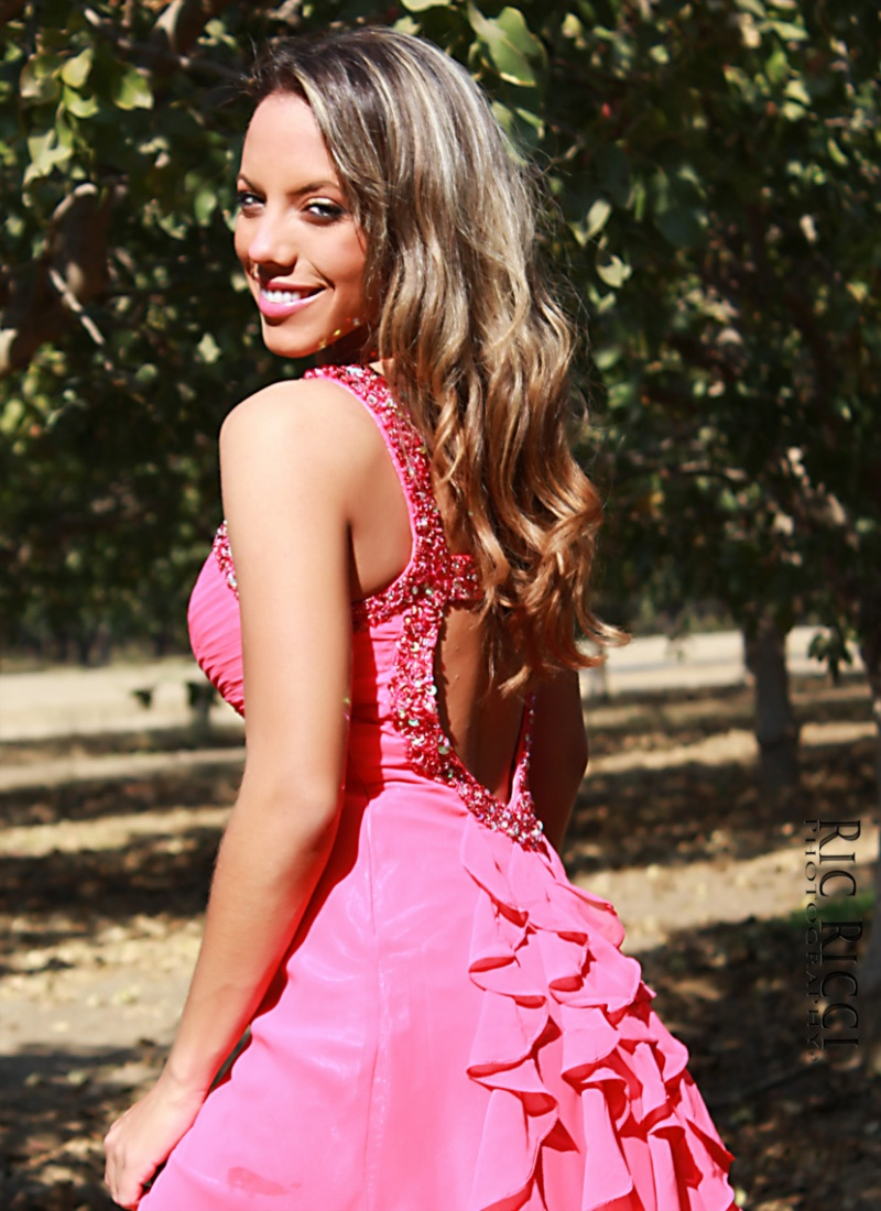 Shafter, Ca. Nov 08, 2012 Alina