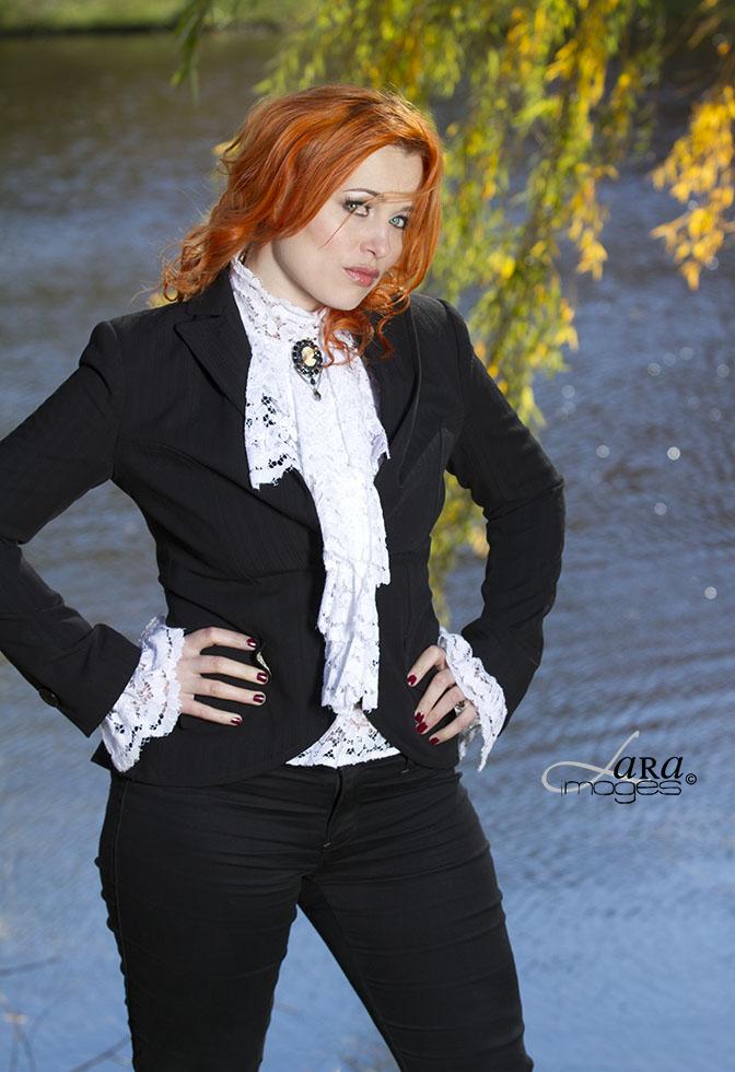 Nov 08, 2012 (c) 2012 LARA images Lady Astrid