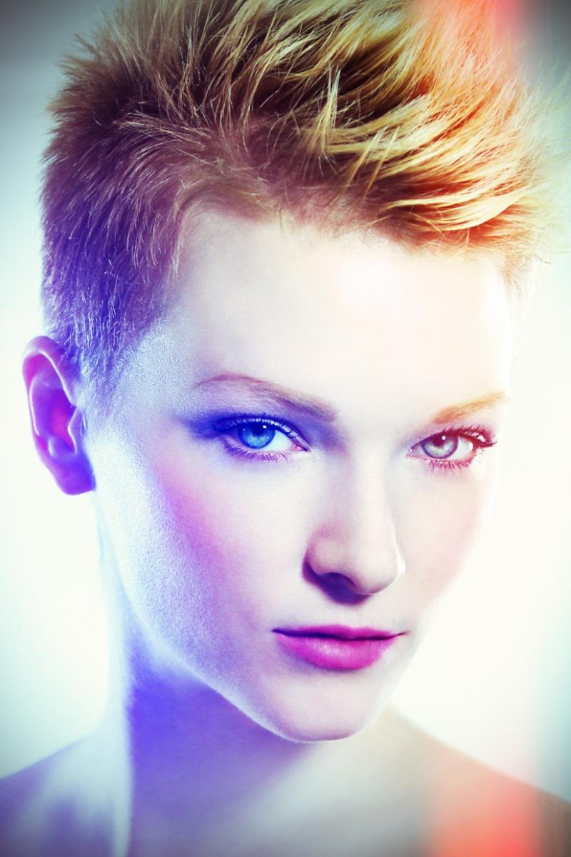 http://photos.modelmayhem.com/photos/121108/18/509c6f4428cac.jpg