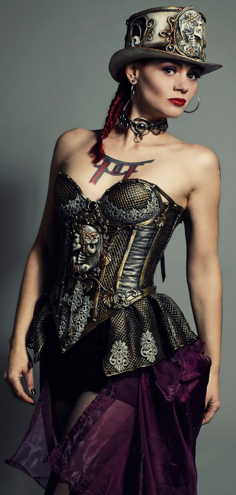 Nov 11, 2012 Steampunk corset and top hat