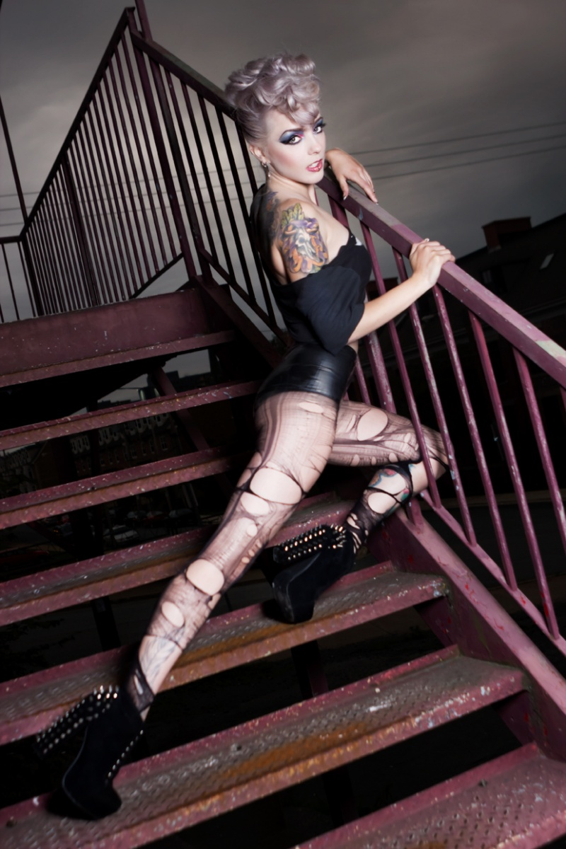Nov 14, 2012 Melanie Titus / MUAH Elle Munster GlamRock Magazine Issue #14