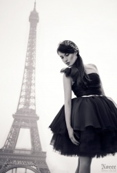 http://photos.modelmayhem.com/photos/121116/14/50a6bb0b9f64d_m.jpg