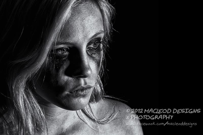http://photos.modelmayhem.com/photos/121118/12/50a9486a9ce70.jpg