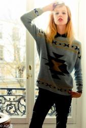 http://photos.modelmayhem.com/photos/121119/11/50aa8d9ac221f_m.jpg