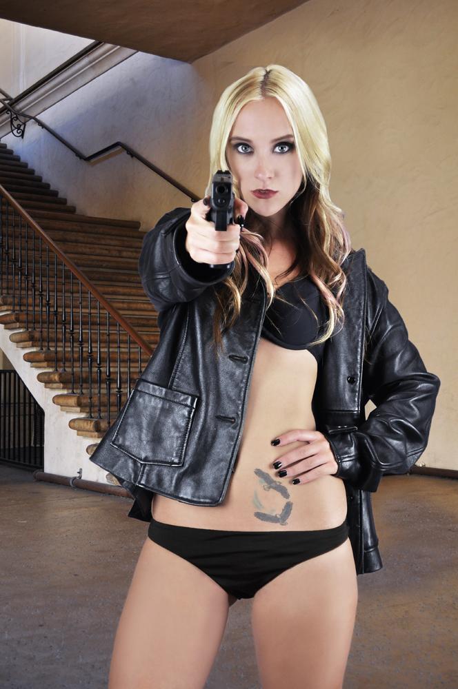 http://photos.modelmayhem.com/photos/121119/23/50ab2ea44a471.jpg