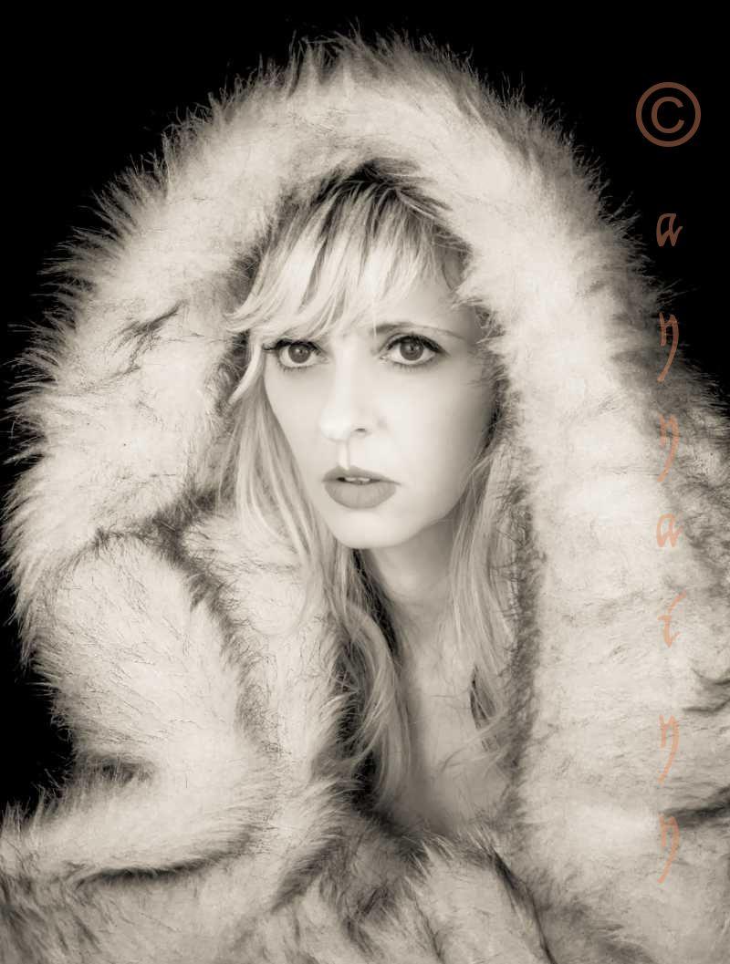 Nov 23, 2012 Sealladh Annainn She Wolf