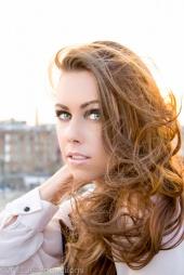 https://photos.modelmayhem.com/photos/121124/10/50b1111ab6142_m.jpg