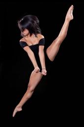 http://photos.modelmayhem.com/photos/121124/22/50b1bab9e4738_m.jpg