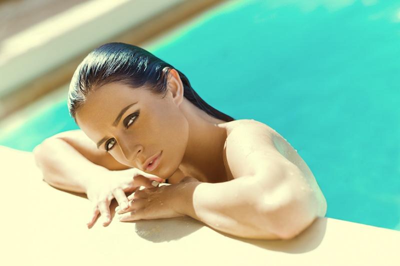 http://photos.modelmayhem.com/photos/121125/13/50b29069487c7.jpg