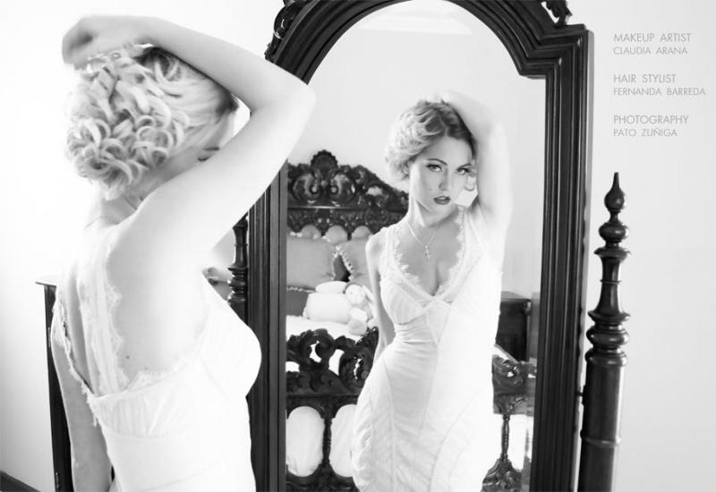 Female model photo shoot of Anastasia Aven