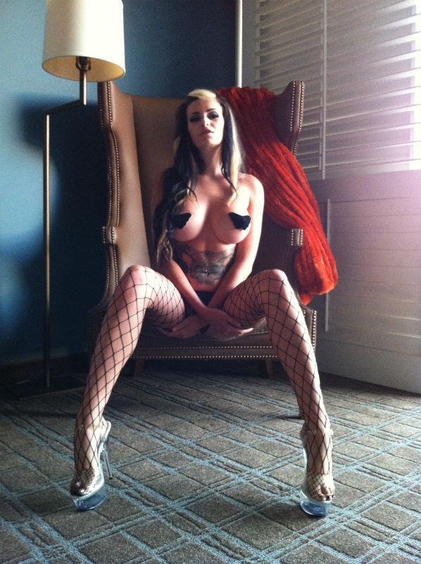 nude studio fresno california