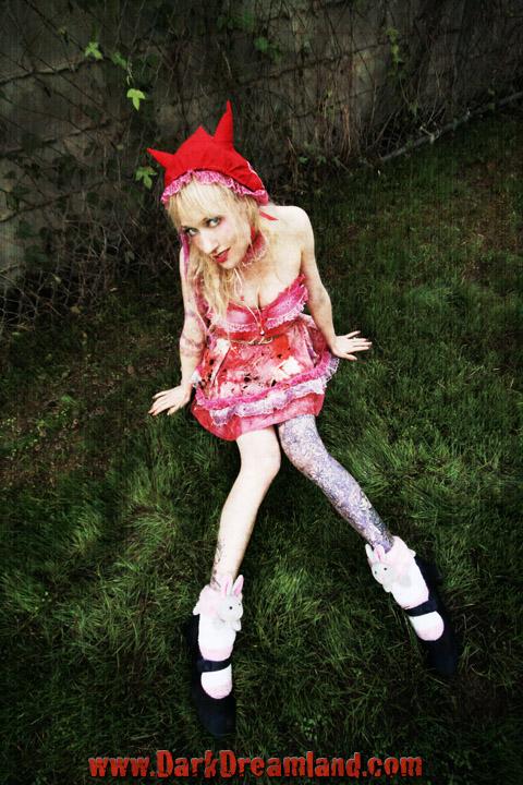 Female model photo shoot of dreamland