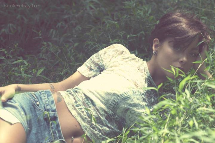 Female model photo shoot of Lestie Anderson