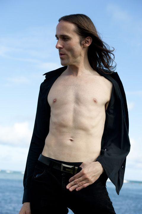Male model photo shoot of OMNI INFINITY in Hawaii