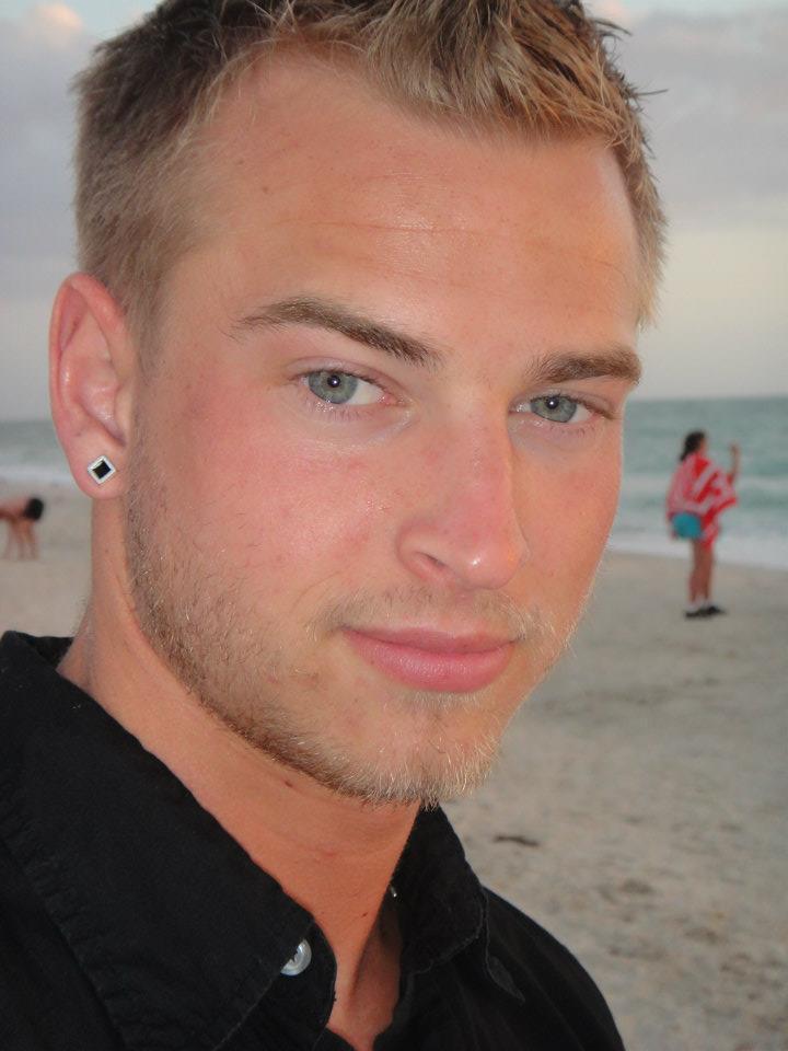 Male model photo shoot of StrykerPaul