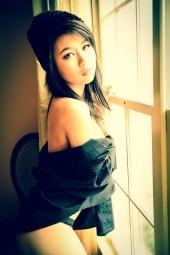 https://photos.modelmayhem.com/photos/121209/20/50c55ee856f31_m.jpg