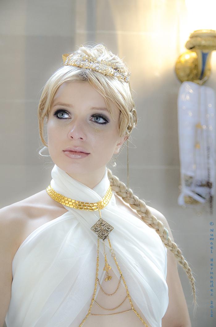 Dec 10, 2012 Numael Hernandez 2012 unretouched - Model: Sasha