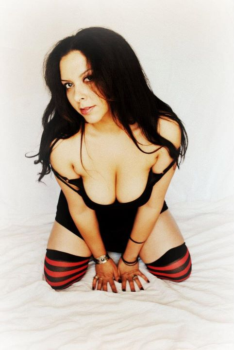 Female model photo shoot of Cinnamongrl in modoc