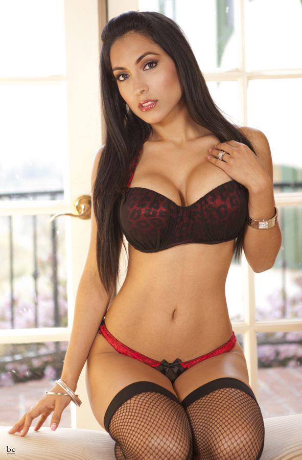 west indian hot babes pics