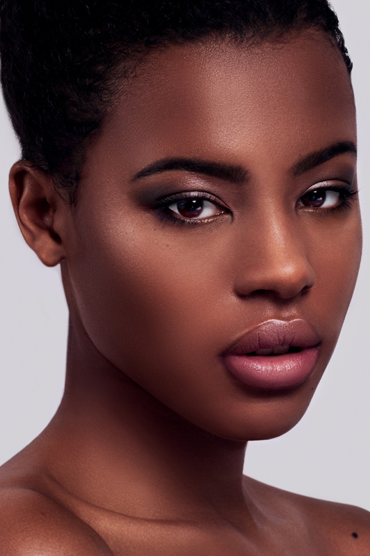 Dec 16, 2012 Model: Bianca