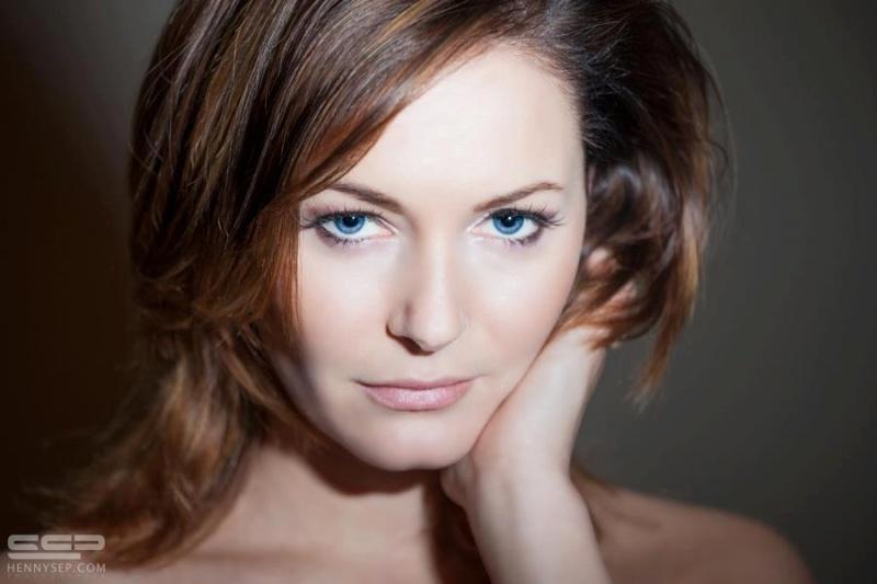 Female model photo shoot of Kyraaa in Eindhoven