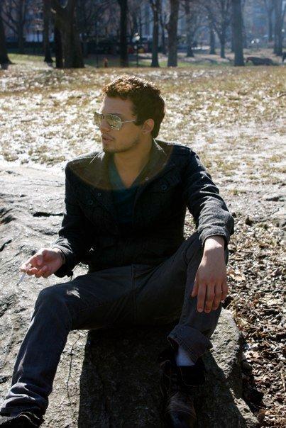 Male model photo shoot of Vin Estrada
