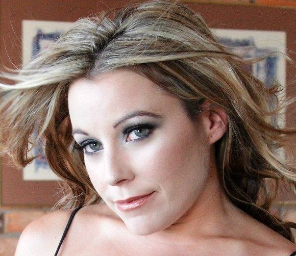 Female model photo shoot of KKis