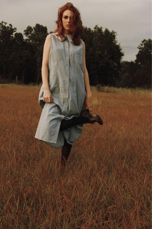 Female model photo shoot of Yanick Victor