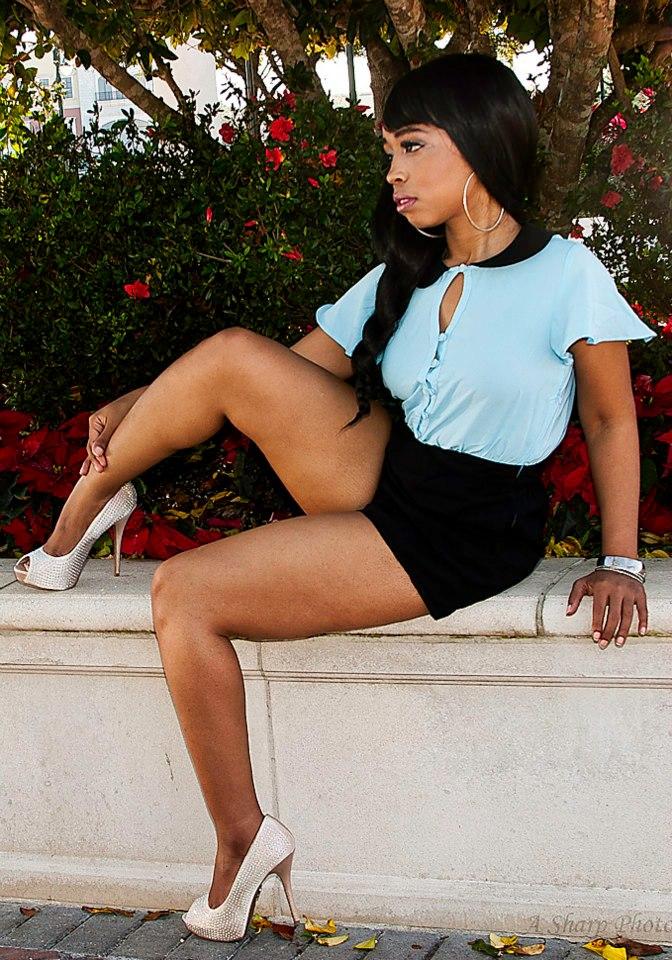 Altamonte Springs Dec 20, 2012 A Sharp Photo 13 Pretty Lady
