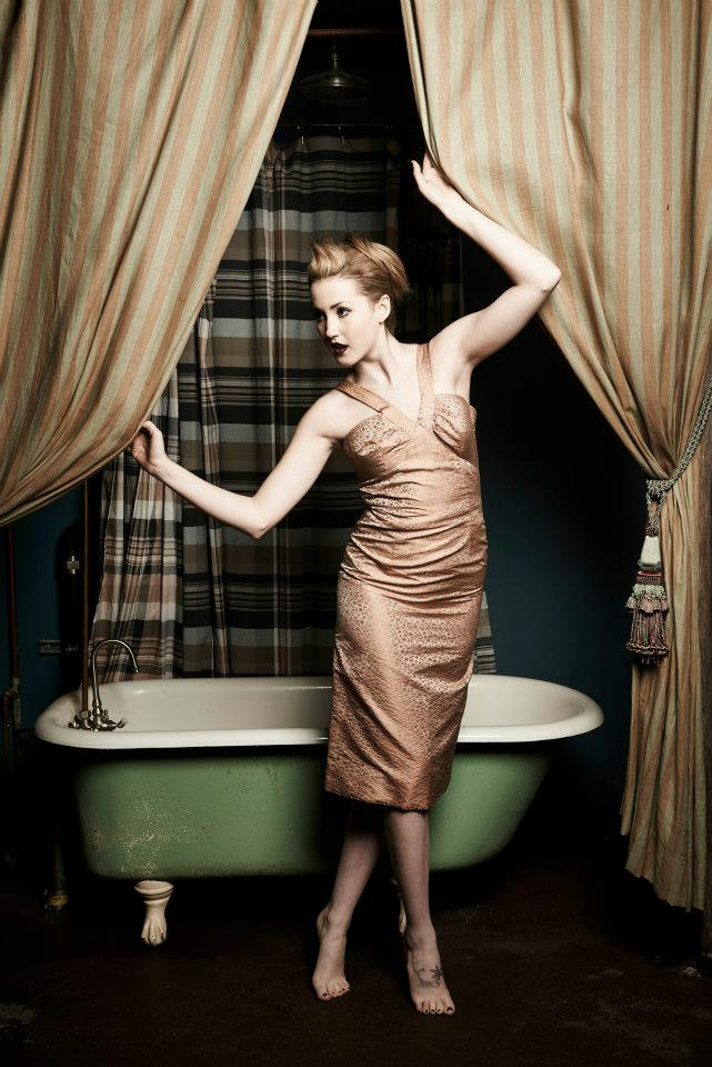Female model photo shoot of Daisy Divita