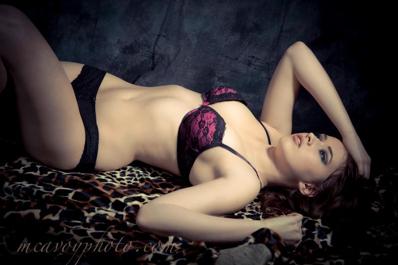 https://photos.modelmayhem.com/photos/121224/06/50d866c6a603c.jpg