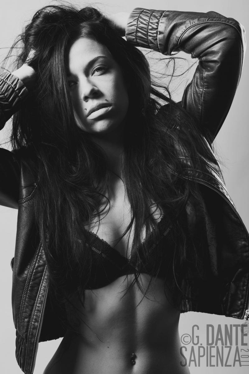 Female model photo shoot of Emily Rackham by giuseppe dante sapienza