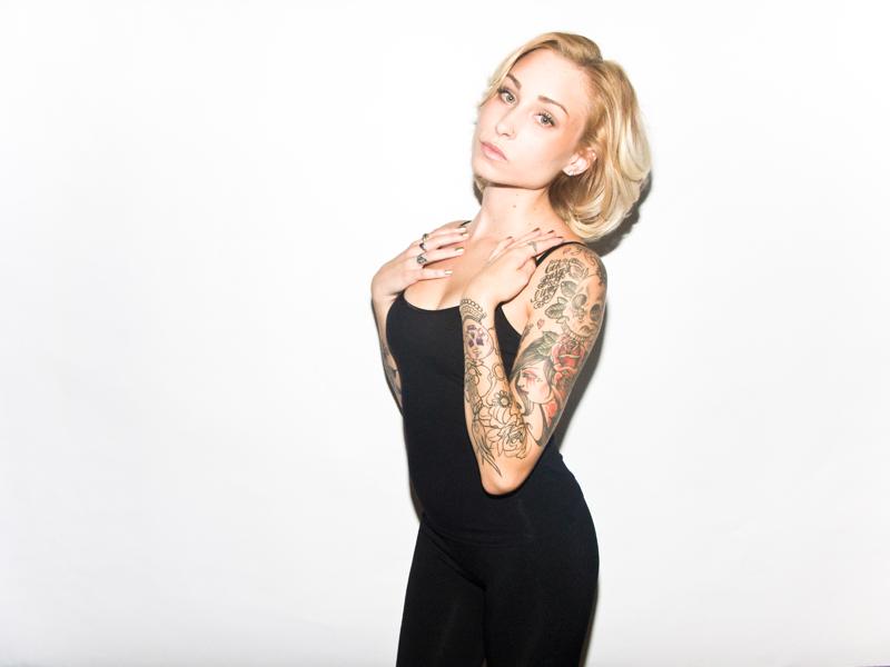 Female model photo shoot of Makenna_Leigh