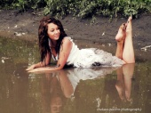 http://photos.modelmayhem.com/photos/121227/15/50dcd88818159_m.jpg
