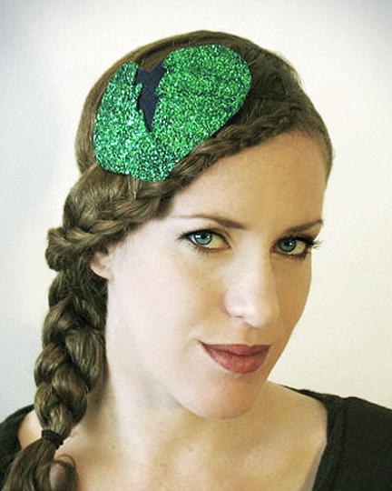 Dec 28, 2012 Horribly Eclectic Heartbreaker fascinator headband in zombie green