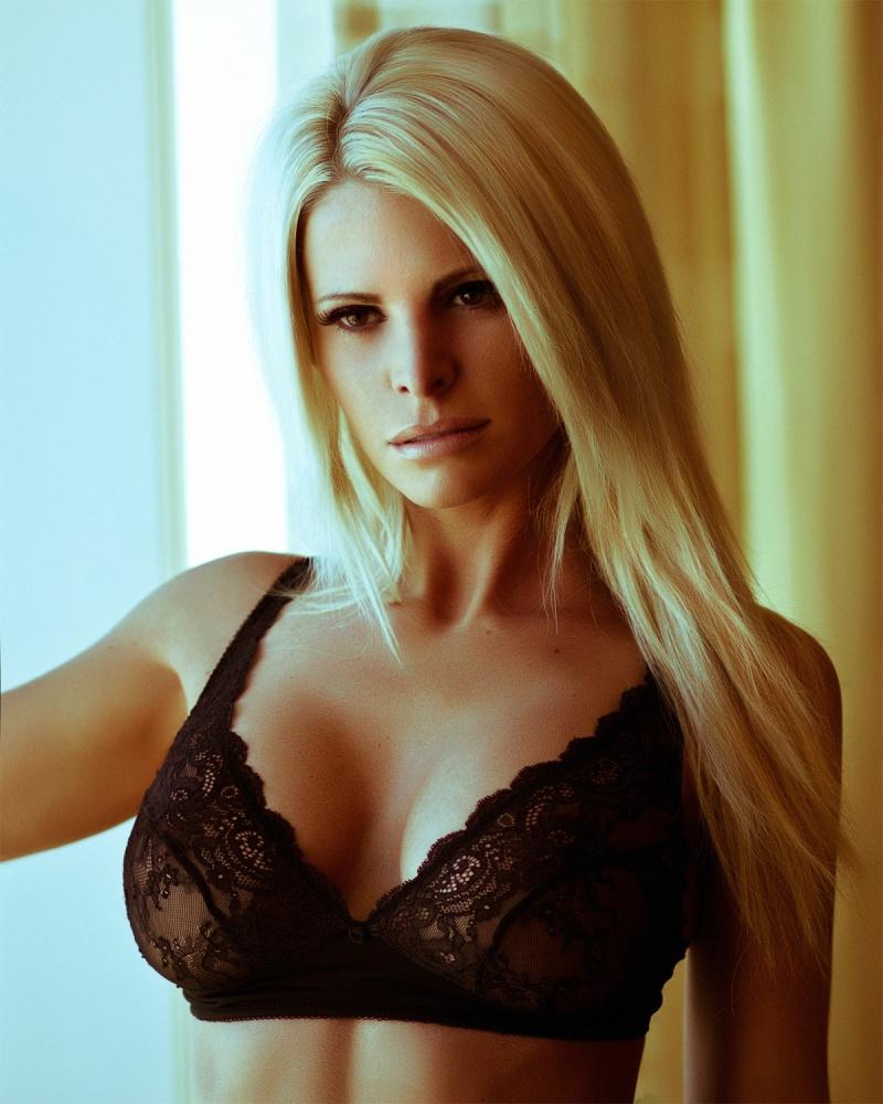 Female model photo shoot of  Kriss  by LYNN LIE Fotografi