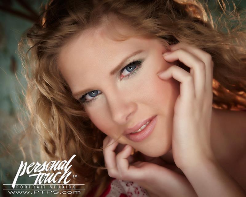 Female model photo shoot of Freida Weber