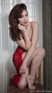 https://photos.modelmayhem.com/photos/130105/18/50e8ddfd2137b_m.jpg