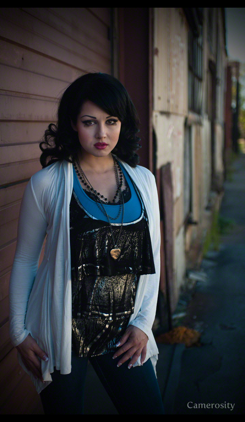 http://photos.modelmayhem.com/photos/130107/04/50eabd7f2bdff.jpg
