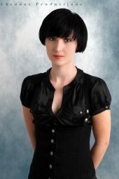 https://photos.modelmayhem.com/photos/130108/17/50ecc2c94f1d9_m.jpg