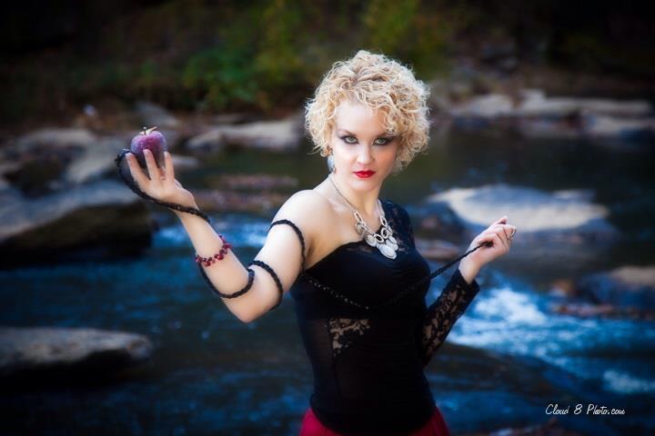 Female model photo shoot of Desire Evoquer
